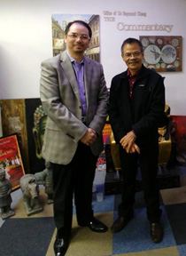 Dr Raymond Cheng meets with CLSU-OU Dean, Dr Ponciano Cuaresma, at the Office of Dr Raymond Cheng